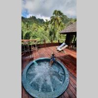 Luxurious Tropical Moorea Villa