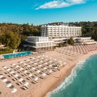 The Palace Hotel, Sunny Day Co., hotel in Saints Constantine and Helena