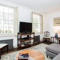 Characterful Townhouse With Patio in Arty Hampstead