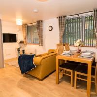 Contractors & Key Worker 1 Bedroom Apartment, Wigan, hotel in Wigan