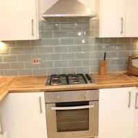 Large 3 bedroom apartment in gated development
