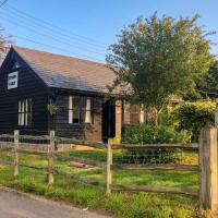 Stour Farm Cottage, hotel in Chartham