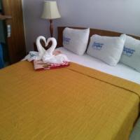HOTEL MUEVETE POR VARGAS, hotel dicht bij: Internationale luchthaven Simon Bolivar - CCS, Catia La Mar