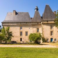Modern Holiday home in Chaleix with private garden, hotel in Chalais