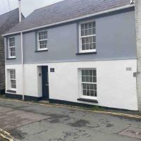 Beautiful Cottage in Central St Columb Major