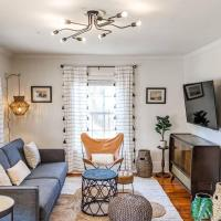 Walk West Columbia - Private Home (2 beds, 1 bath), hotel in West Columbia