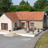 Rural spacious bungalow with pool