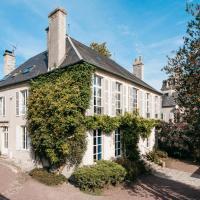 Bayeux Chateau Sleeps 18