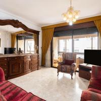 Home2Book Spacious Classic Design Apartment Center