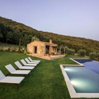 Palazzo Guglielmi Villa Sleeps 8 with Pool and Air Con