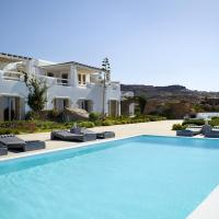 Paraga Villa Sleeps 16 with Pool and Air Con, hotel in Paraga