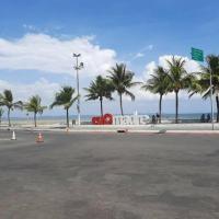 Bela casa na praia Madre de Deus Bahia, hotel in Madre de Deus
