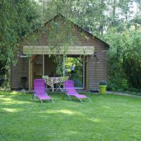 Lovely Holiday Home in Le Ponchel with Garden & Pond, hotel in Le Ponchel