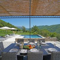 Salano Villa Sleeps 8 with Pool and Air Con