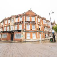 Royal Hotel Kettering by Paymán Club, hotel in Kettering