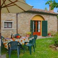Quaint Farmhouse in Cortona with Swimming Pool, hotell i Cortona