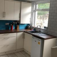 Great 3 Bedroom House Anfield With Free St Parking