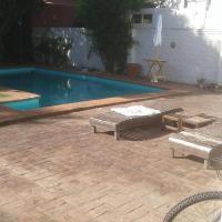 Apartamento en planta baja con piscina San Isidro