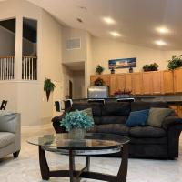 Pablo Bay Luxury Jacksonville Home Great Access near Beach and Mayo Clinic