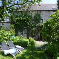 Enchanting Cottage in Comblain-Fairon with Terrace, Garden