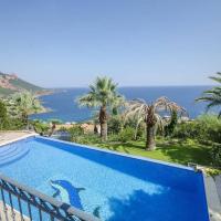 Luxurious Villa in Saint-RaphaÃ«l with Pool, hotel in Saint-Raphaël