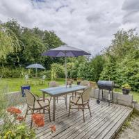 Homely Pet-friendly Cottage in Saint-Clair-sur-l'Elle