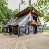 Welcoming Villa near Lake in Ulvenhout AC, hotel in Heesterbosch