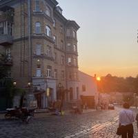 Romantic apartment on Andriivskyi