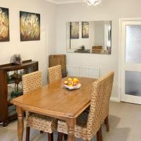 Sunny Ville Cottage