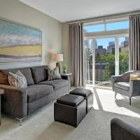 City / Water View Oasis + Pool & Gym in Heart of Seattle