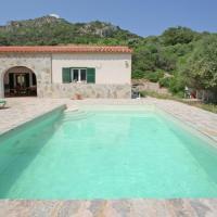 Quaint Mansion in Es Mercadal with Private Pool