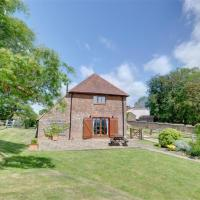 Beautiful Holiday Home in Brede Kent with Fireplace