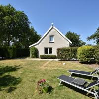Cozy Holiday Home in Zonnemaire with Garden
