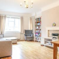 Lovely Swiss Cottage Apartment