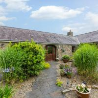 Charming holiday home in Haverfordwest with Barbecue
