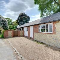 Spacious Holiday Home in Aylesford Kent with Private Parking