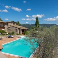Appealing Holiday Home in Collazzone with Sauna & Pool, hotell i Collazzone