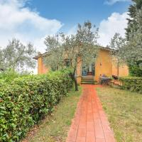 Peaceful Holiday Home in Lamporecchio with Pool