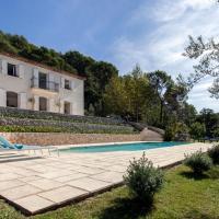 Pegomas Villa Sleeps 8 with Pool and Air Con, hotel in Pégomas