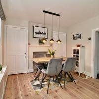 Spacious Country Cottage in Historical Canterbury