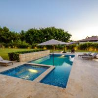 Stunning villa with private pool and jacuzzi in Casa de Campo