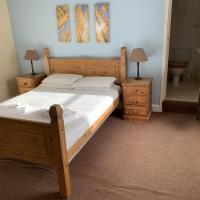 The Cromwell Arms Inn, hotel in Bovey Tracey