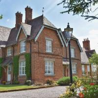 New Hall Farm, hotel in Tarporley