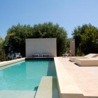 Villa con piscina vicino Cefalù (Sanificata), hotell i Gratteri
