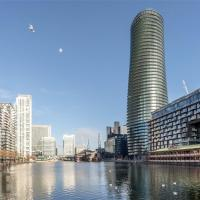 Luxury Canary Wharf Studio apartment in the Heart of London