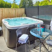 Arthurs Point Retreat - with Hot Tub