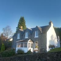 Whinburn Guest House