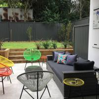 Close to Westmead Hospital (1500metres), hotel in Wentworthville