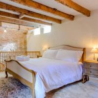 NEW! The Cow House, in the heart of Whitby