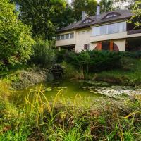 Premium Villa for Groups in Cerasu - MontePalazzo Elisabeta、Ceraşuのホテル